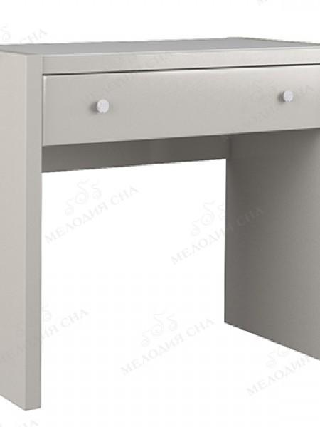 Туалетный столик со стеклом