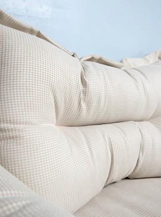 Большая подушка для кровати Кембридж
